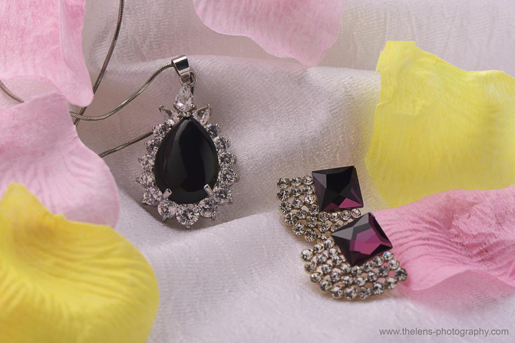 Product Photography- Shiny Jewelry Photoshoot