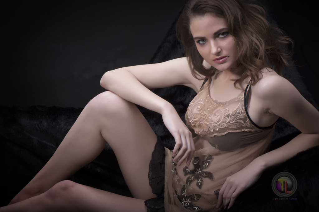 Lingerie and Innerwear photography- Fashion & Glamour photoshoot